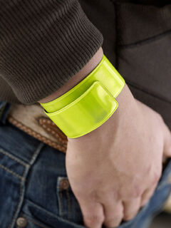 Reflective snap arm band